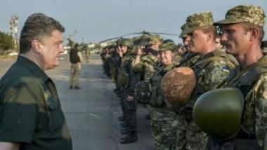 الرئيس الأوكراني: روسيا أعادت قواتها ونعد بمنح المتمردين حكماً ذاتياً
