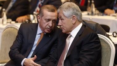 تركيا تبحث إقامة منطقة عازلة على الحدود مع العراق وسوريا