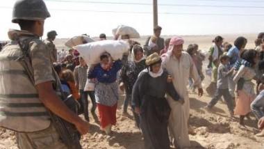 الإقليم يقدم مساعدات إنسانية  لـ 6 آلاف عائلة نازحة من كوباني