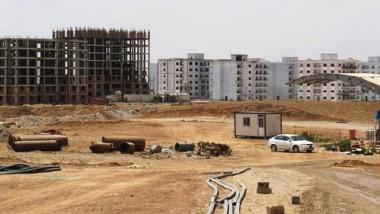 وزير الاعمار يستعرض خطة لقطاعي الطرق والجسور والاسكان