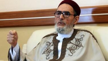 إقالة مفتي ليبيا وحل دار الإفتاء