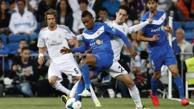 ريال مدريد يسعى لتعزيز صدارته أمام إيبار في الليجا الاسبانية