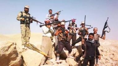 ستة آلاف مقاتل في جبل سنجار يصدون هجمات داعش بصمود امتد لـ 40 يوماً
