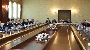 حكومة الإقليم تصادق على قانونين لتنظيم إدارة الثروة النفطية وإيراداتها