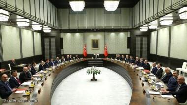 أردوغان يرأس اجتماعاً للحكومة والمعارضة تعده مؤشراً على تسلطه