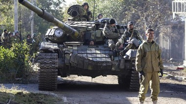 الجيش الأوكراني يستعيد مطار دونيتسك من الانفصاليين