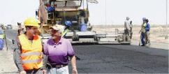 افتتاح مشروع صيانة طريق الحي ـ كوت