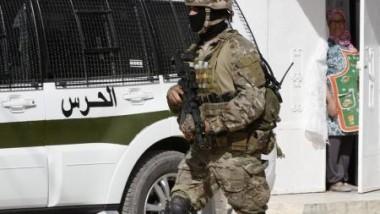 تونس تعتقل 100 متشدد إسلامي