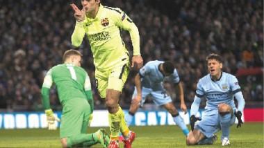 برشلونة يتلاعب بمانشستر سيتي في ليلة تألق سواريز