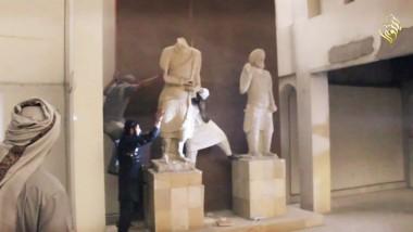 السياحة النيابية: تدمير آثار  الموصل نكسة للعراق