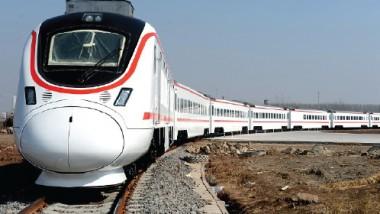 العراق والأردن يبحثان مشروع الربط السككي «العربي» في نيسان المقبل