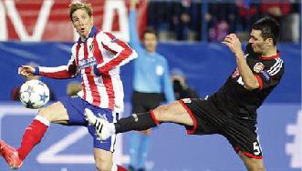 ركلات الحظ تهدي أتلتيكو مدريد بطاقة ربع النهائي