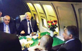 وزير النقل يفتتح مطعم «الطائرة» ومرآب عباس بن فرناس