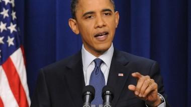 أوباما يزور المناطق التي اجتاحتها الفيضانات في لويزيانا