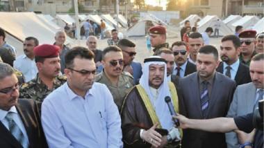الصميدعي يطلع على أحوال النازحين في مخيم حي الجامعة