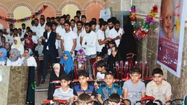 كلية شط العرب الجامعة توزع ريع مهرجانها على الأيتام