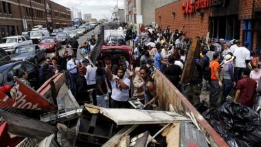 اشتباكات وأعمال شغب خلال حظر التجول في بالتيمور