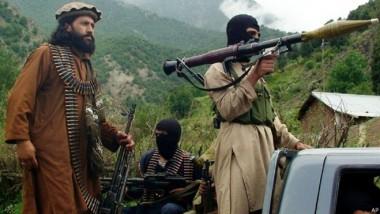 مقتل 17 مسلحاً بغارات باكستانية على مواقعهم