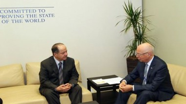 برزاني يجتمع مع رئيس المنتدى الاقتصادي العالمي