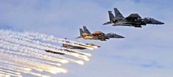غارات جوية عراقية تستهدف كبار قادة «داعش» وصناع افلامها