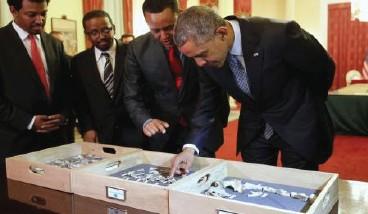 أوباما يطلع على أقدم حفريات الجنس البشري في إثيوبيا