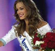بيتي كانتريل تتوّج بلقب ملكة جمال أميركا 2016