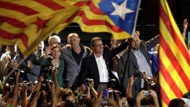 فوز الائتلاف الانفصالي  في انتخابات كتالونيا البرلمانية