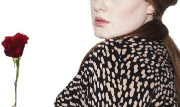 أديل تتجاوز نجاح ألبومها  السابق بإطلاق أغنية جديدة