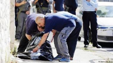 مقتل فلسطيني بعد طعنه إسرائيلياً قرب الخليل بالضفة الغربية