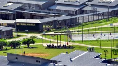 اضطرابات وحرائق في مركز احتجاز المهاجرين في أستراليا
