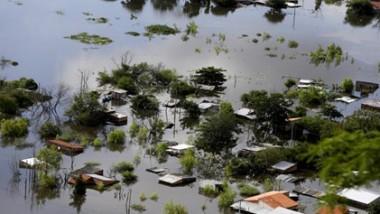 تعزيز الإغاثة لمواجهة الفيضانات  في الغرب الأميركي