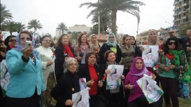 رابطة المرأة العراقية تنظم مراكز استماع ودورات محو الأمية للنازحين