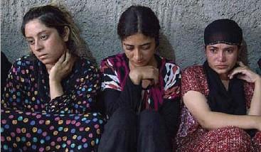 «داعش« يعيد تفسير نصوص دينية لتبرير الاستعباد الجنسي للنساء