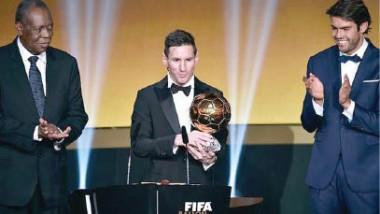 ميسي والكرة الذهبية يمنحان الدوري الإسباني رقماً قياسياً جديداً