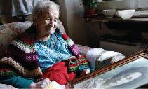 إيطالية تبلغ 116 عاماً.. بفضل 3 بيضات نيئة يومياً