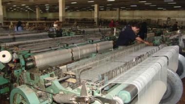 «الصناعات القطنية» تسعى الى تقديم منتجات تنافس الإنتاج المستورد