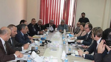 العراق يبحث مع المنظمة الدولية إعداد برنامج لتنمية المهارات