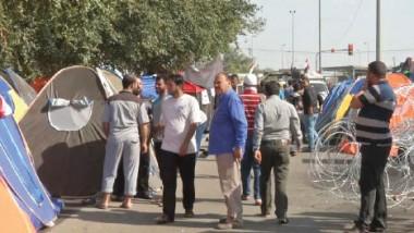 لجنة التفاوض تؤكد وقوف الكتل السياسية مع مطالب المعتصمين