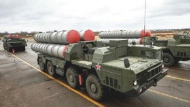 «روسيا» تبدأ سحب معدّاتها العسكريّة من سوريا تنفيذاً لقرار بوتين
