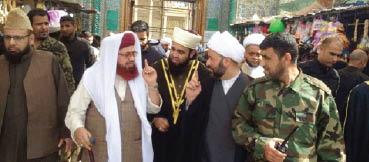 """صلاة """"النصر"""" الموحّدة تجمع أهالي صلاح الدين والنجف وقيادات الحشد"""