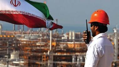 إيران والكويت تخفضان سعر الخام إلى آسيا