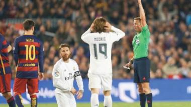 ريال مدريد يُسقط برشلونة بعشرة لاعبين في أول كلاسيكو لزيدان