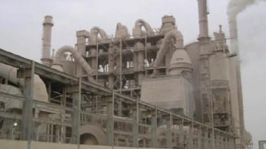 «الاسمنت» تطالب تخفيض أسعار  النفط الأسود المستعمل في معاملها