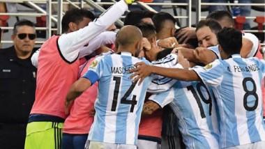 الأرجنتين تثأر من تشيلي من دون الاستعانة بميسي.. و بداية رائعة لبنما
