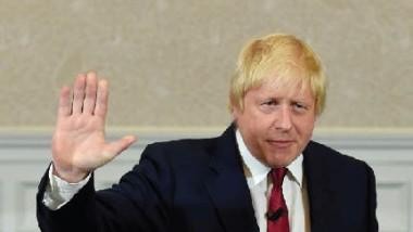 جونسون يتخلّى عن مقاله الأسبوعي احتراماً لمهامه وزيراً لخارجية بريطانيا