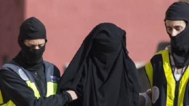 داعش ينجح في « غسيل المخ « للفتيات الاوروبيات القاصرات ويطوعهن في صفوفه