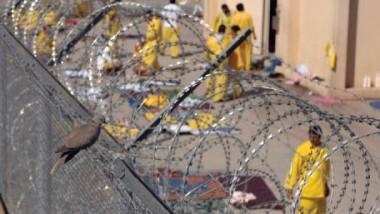 خبراء يؤكّدون شمول أغلب المتورطين  بالإرهاب وكبار الفاسدين بالعفو العام