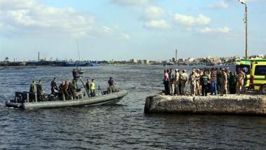 انتشال 11 جثة من المهاجرين الذين غرقوا قبالة السواحل المصرية