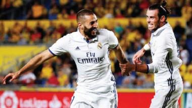 ريال مدريد يسقط في «فخ» لاس بالماس.. وبرشلونة يكتسح خيخون بغياب ميسي