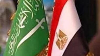 مصر تقضي بسجن 5 أشخاص احتجوا على جزيرتين للسعودية